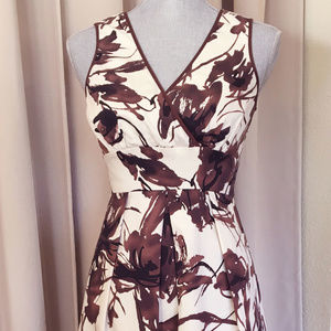 Retro Style - Floral Dress Brown & White